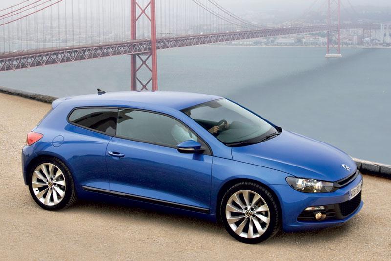 0642846-Volkswagen-Scirocco-1.4-TSI-160-bhp-Highline-Plus-2009