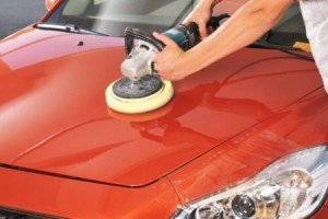 1335452850Car-Claying-Wax-Polish