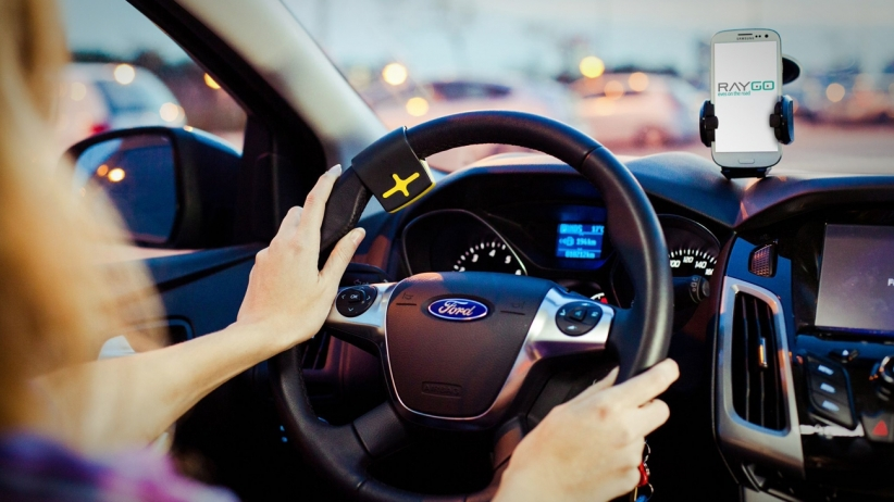 20150504172614-project-ray-handsfree-driving