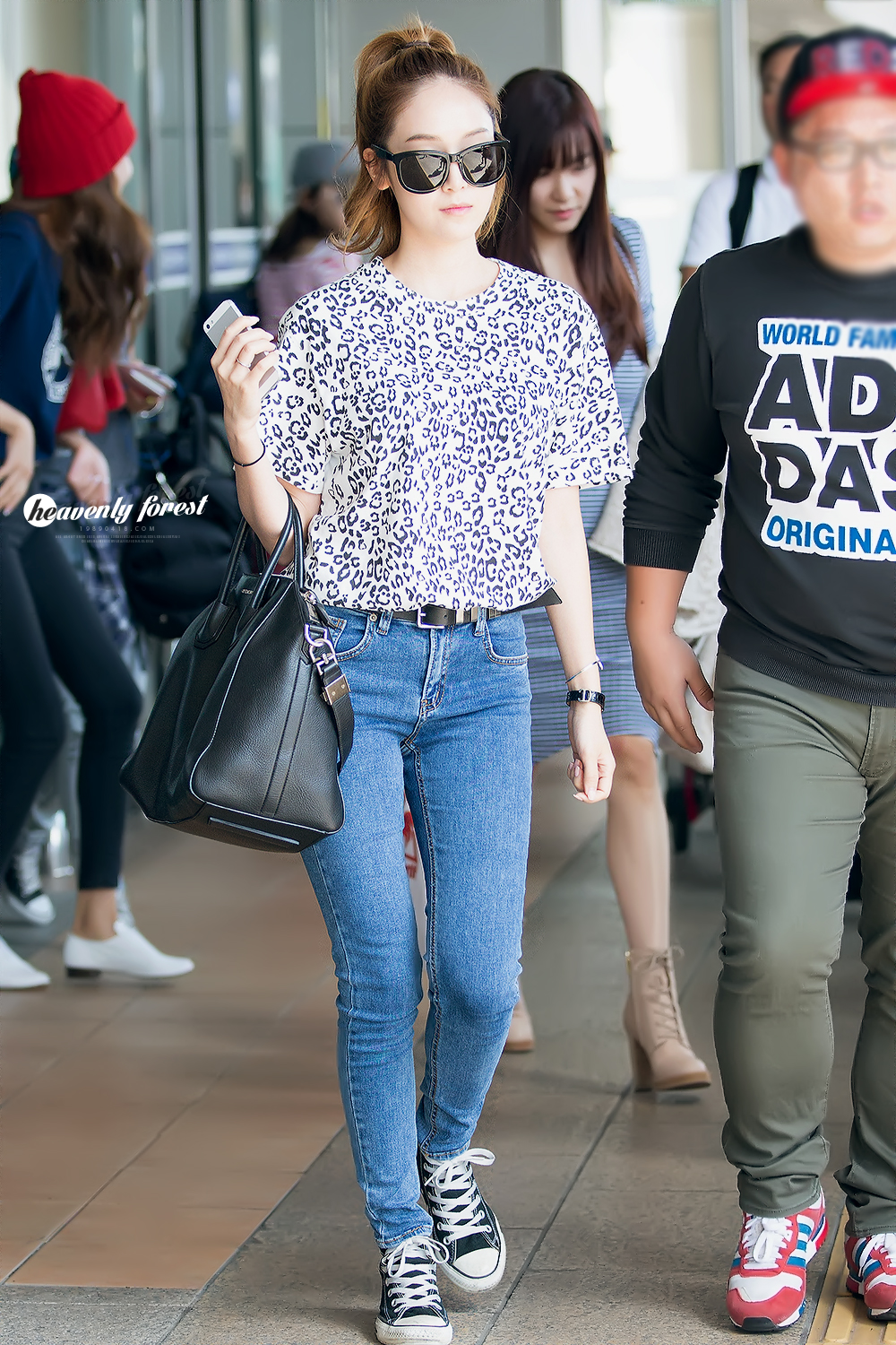 SNSD-Jessica-airport-fashion-September-7-51