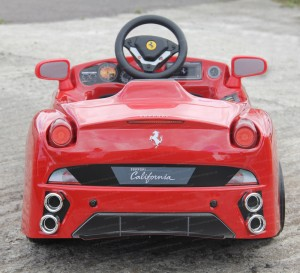ride on ferrari