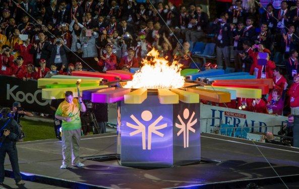 special_olympics_1dec_opening_ceremony_dsc0535_cauldron_credit_newcastle_sundance_geoff_clark-593x376